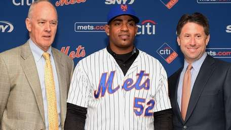 New York Mets Yoenis Céspedes poses for