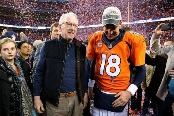 Archie Manning, with Peyton after the AFC title