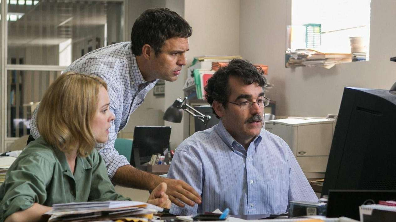 Rachel McAdams, Mark Ruffalo, center, and Brian d'Arcy