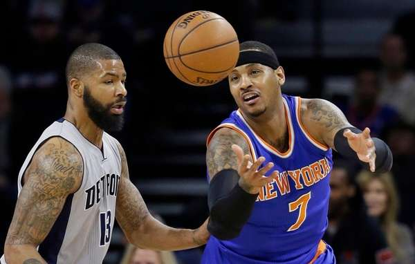 New York Knicks forward Carmelo Anthony controls the