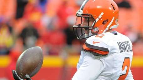 Johnny Manziel's father, Paul, fears for his son's