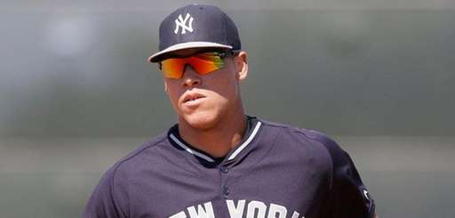 New York Yankees rightfielder Aaron Judge runs to