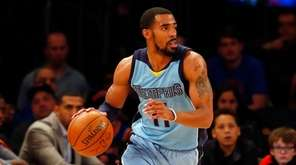 Mike Conley Jr. of the Memphis Grizzlies controls