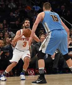 Knicks guard Jose Calderon shoots against Denver Nuggets