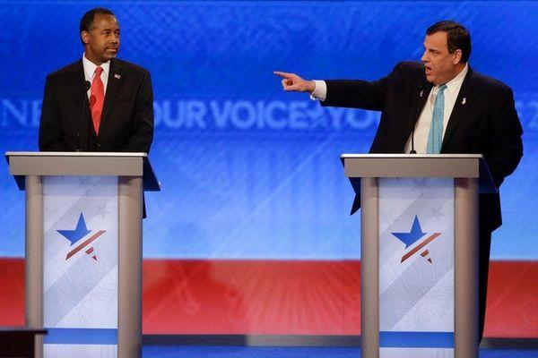New Jersey Gov. Chris Christie points toward Sen.