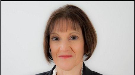Lisa Albinowski of Bayport has been elected chair