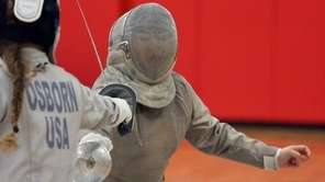 Half Hollow Hills' Crystal Chen wins her sabre