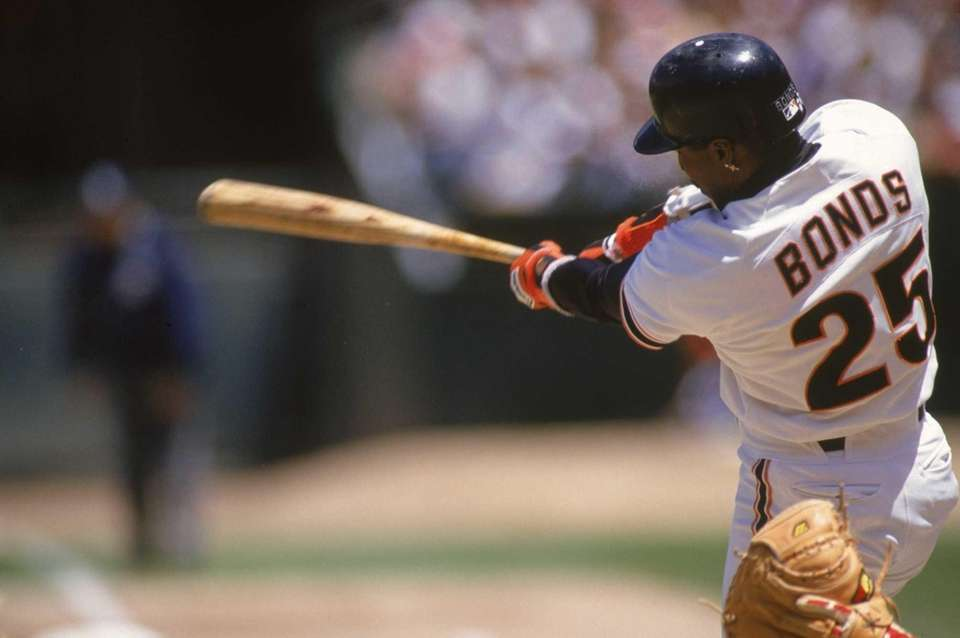 1. Barry Bonds, 762 2. Hank Aaron, 755