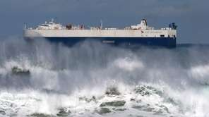 A view of the waves in Santander in