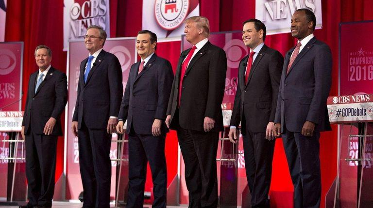 Republican presidential candidates, from left, Ohio Gov. John