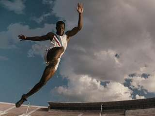 Stephan James stars as Jesse Owens in