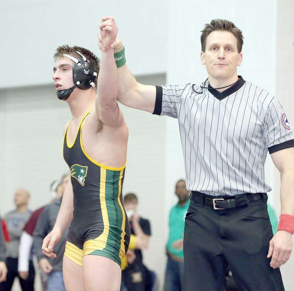 Matt O'Brien, Ward Melville 160 pounds Suffolk Division