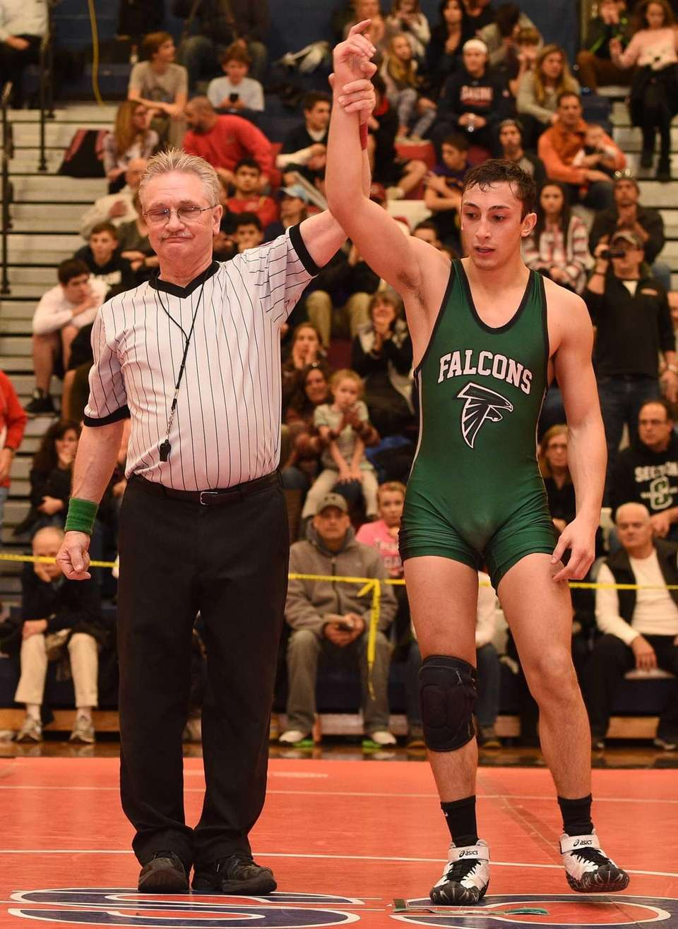 Andrew Cantatore, Locust Valley 132 pounds Nassau Division