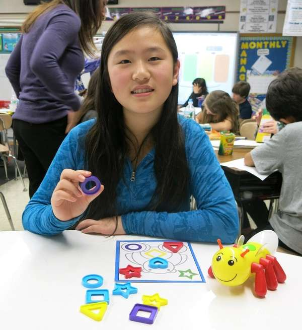Kidsday reporter Elaine Jiao recommends the game Sparky