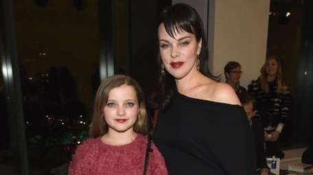 Actress Debi Mazar and daughter Giulia Isabel attend