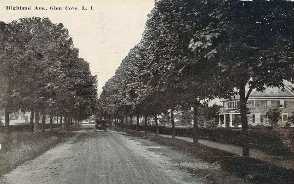 An early view of Glen Cove's Highland Road