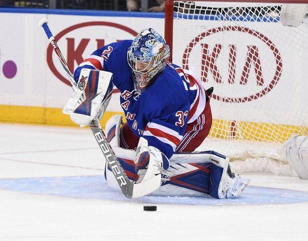 New York Rangers goalie Antti Raanta makes a