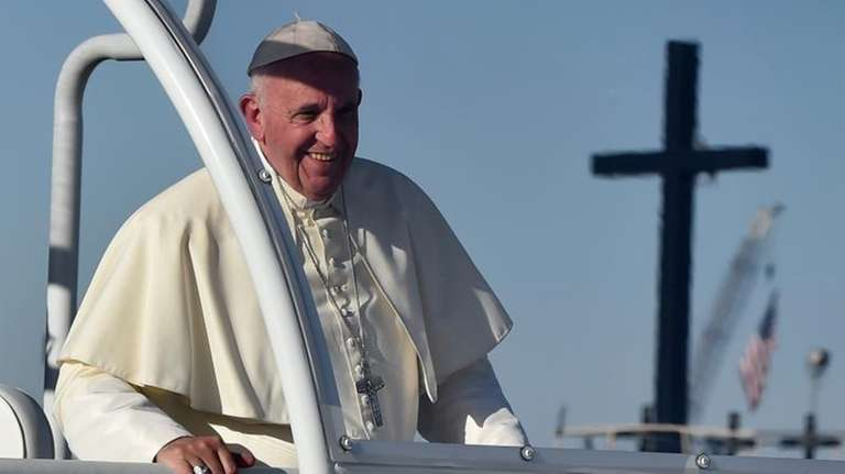 Pope Francis arrives at the U.S.-Mexico border in