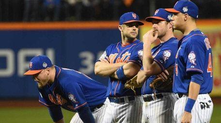 New York Mets first baseman Lucas Duda (21)