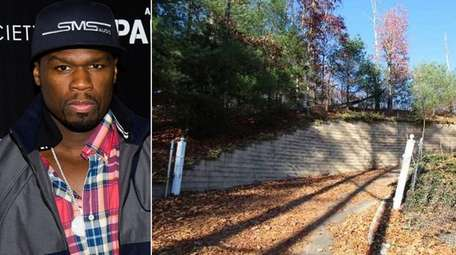 The Dix Hills property once owned by Rapper