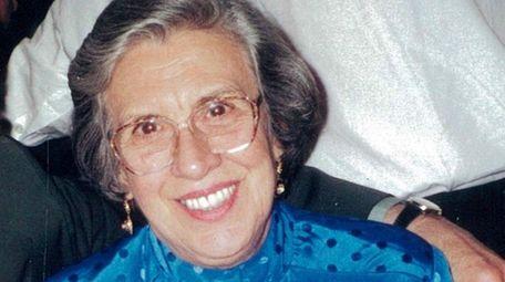 Aurora Vinciguerra of Garden City died Feb. 14,