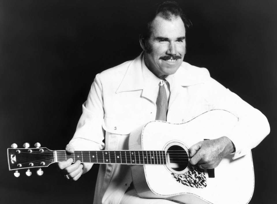 Top 25 Classic Country Singers - liveabout.com