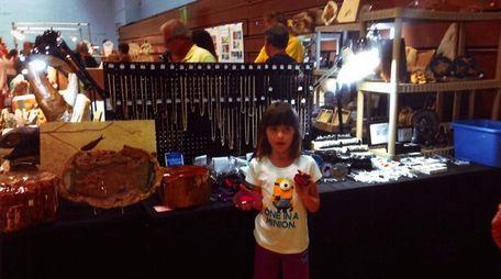 Kidsday reporter Margaret Minihane visits a gem show
