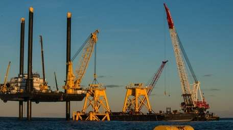 Wind-energy developer Deepwater Wind completes the foundation work