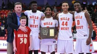 Half Hollow Hills West head coach Bill Mitaritonna,