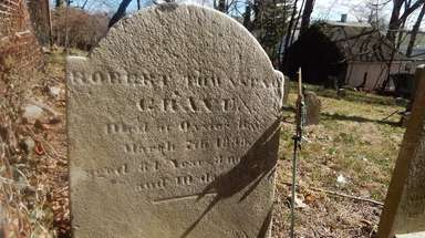 The gravesite of Robert Townsend, a member of