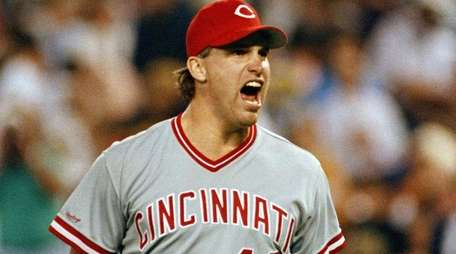 Cincinnati Reds pitcher Rob Dibble reacts after