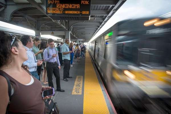 The LIRR's on-time performance fell for the fourth