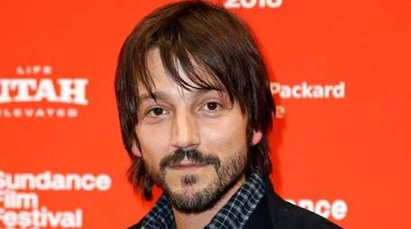 Diego Luna is in negotiations to join the