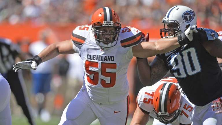 Alex Mack Voids Contract With Cleveland Browns Becomes Free Agent