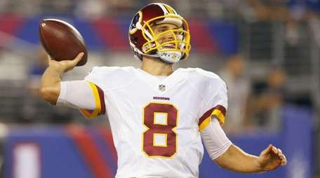 Kirk Cousins of the Washington Redskins throws