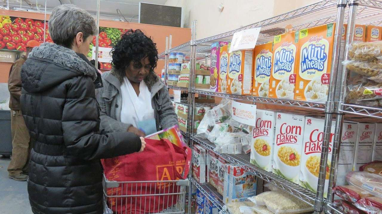 NYC food pantries struggle to meet demand Food Bank For New York
