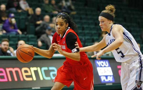 Stony Brook's Aaliyah Worley gets pressure from Maine's