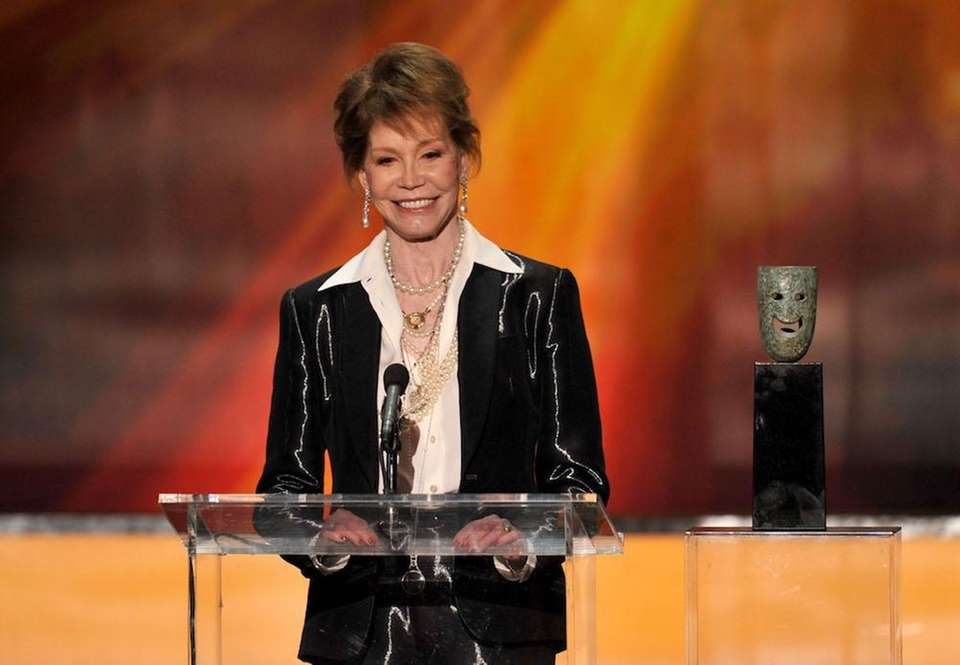 Mary Tyler Moore, known for her roles in