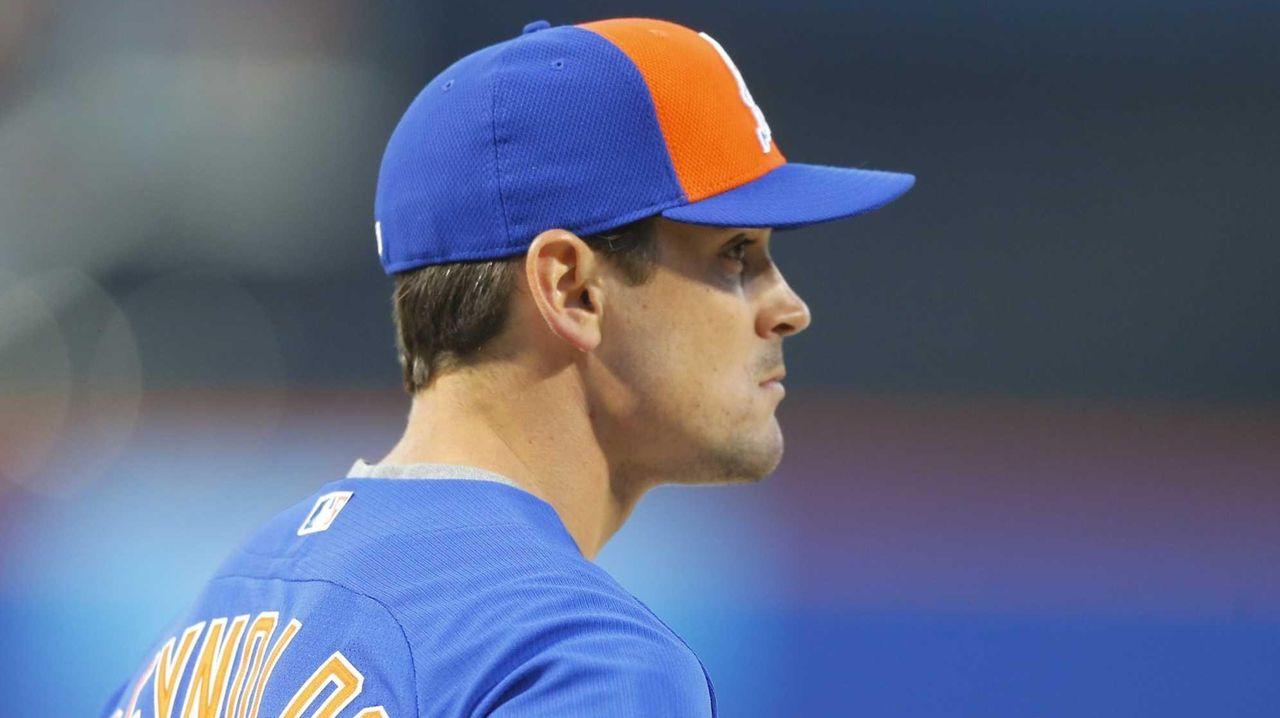 New York Mets Matt Reynolds (56) during warmups