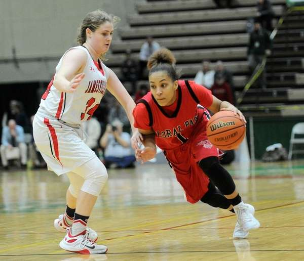 Floral Park Memorial's Kaela Hilaire (1) moves the