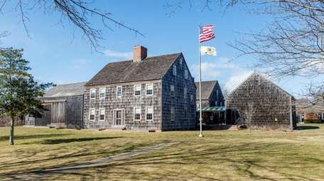 East Hampton Town Hall in East Hampton,