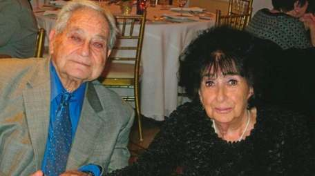 Gerry and Sandra Bogatz of North Bellmore