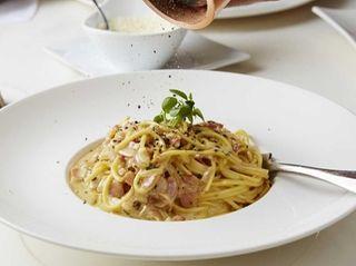 Spaghetti alla carbonara at Franina in Syosset and
