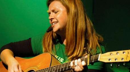Darlene Graham plays Irish music and original tunes