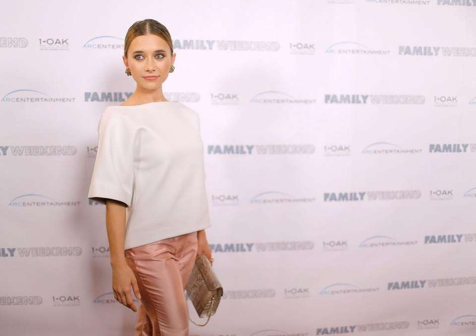 Actress Olesya Rulin, born March 17, 1986.