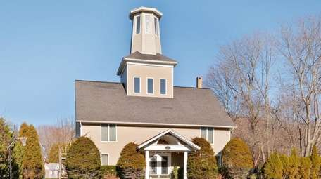 This Center Moriches home, once a carriage house