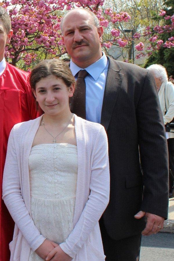 Kidsday reporter Rachel Smolarsky and her dad Sgt.