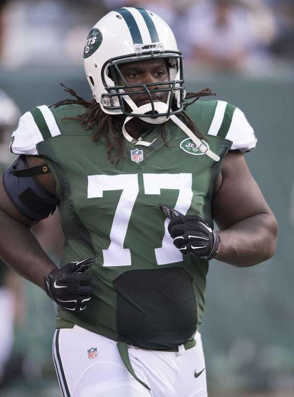 New York Jets guard James Carpenter prior
