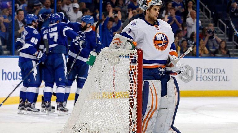 New York Islanders goalie Thomas Greiss reacts as