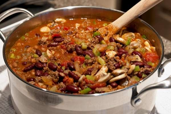 A chili cook-off to benefit the League for